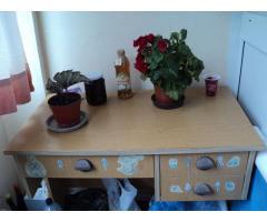 Gyerek íróasztal eladó !!