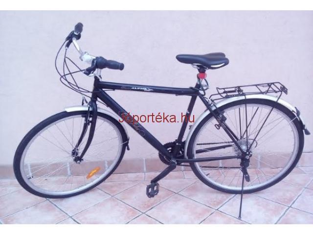 28 as ffi városi túrakerékpár eladó - Idősebb túrázóknak is ideális -