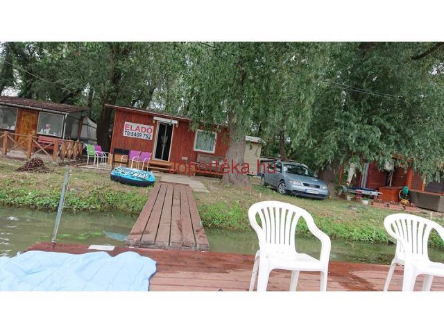Eladó vízparti nyaraló Tiszafüreden a horgászparadicsomba !