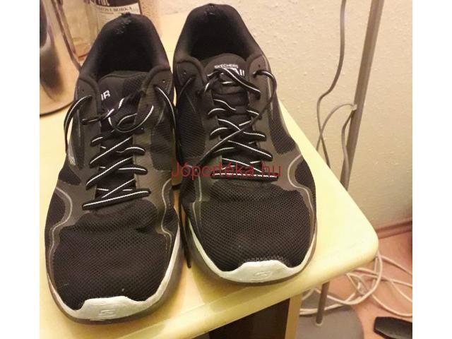Férfi cipö