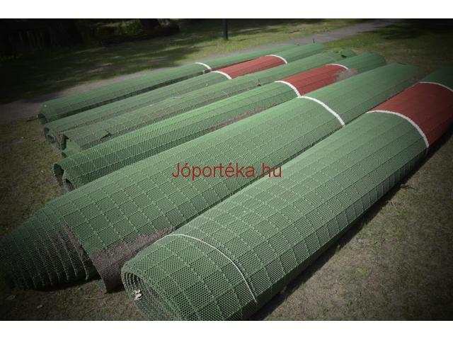 Eladó használt műanyag teniszpálya rács