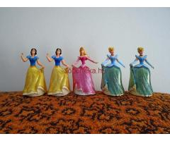 Walt Disney figurák kistáskával