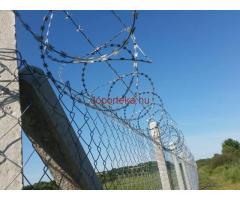Vadháló drótháló drótfonat kerítésdrót drótkerítés kerítés építés betonoszlop