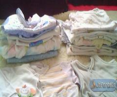 Eladó 4 zsák ruha