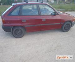 Idősebb autót keresek megvételre csak tulajdonostól!